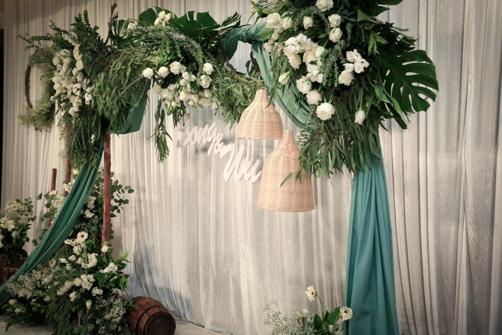 长春会展中心白绿森系室内婚礼